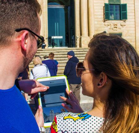 His & Her Treasure hunt in Valletta